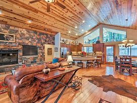 Lavish Cabin W/Decks By Pinetop Country Club! photos Exterior