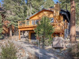 Spectacular Lakeview Cabin photos Exterior