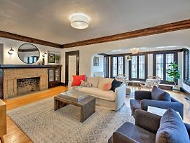 Shorewood Home Ideally Located To Attractions photos Exterior