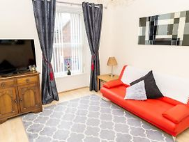 Sandgate 2-Bed Apartment In Ayr Central Location photos Exterior