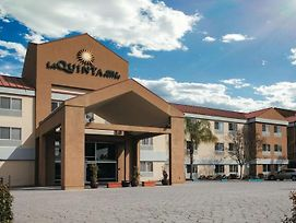 La Quinta Inn & Suites By Wyndham Dublin - Pleasan photos Exterior