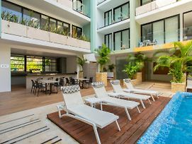 Lovely One Bedroom With Amazing Terrace View!! photos Exterior