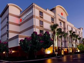 Candlewood Suites Ft. Lauderdale Airport/Cruise photos Exterior
