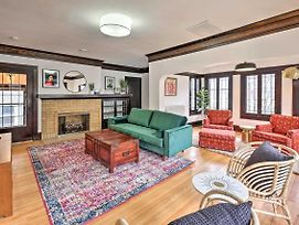 Shorewood Home Less Than 10 Miles To Top Attractions! photos Exterior