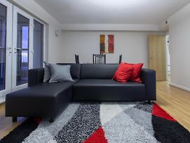 New 2Bd Sleeps 4 Close To City Liverpool Centre photos Exterior