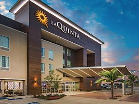 La Quinta Inn & Suites By Wyndham Manassas Historic District photos Exterior