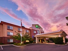 Holiday Inn Express Hotel & Suites Medford-Central Point photos Exterior