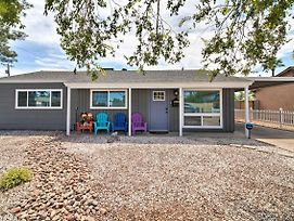 Chic Modern Home W/ Hot Tub ~1 Mi To Old Town photos Exterior