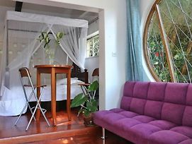 Cosy Cottage In The Heart Of Westlands photos Exterior