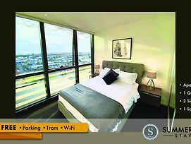Stunning River View Free Parkingtramwifi photos Exterior