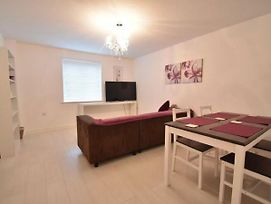 Alluring Apartment In Coventry Near The Industrial Estate photos Exterior