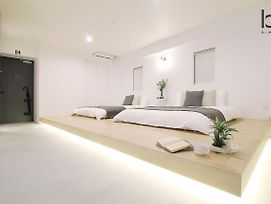 Bhotel501 Beautiful New 1Br Apartment For 6 Ppl photos Room