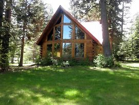 Bear Lodge - Hot Tub, Forested Setting, Pet-Friendly photos Exterior
