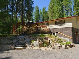 Payette River Cabin - Private Hot Tub, Game Room, Walking Distance To Lake & Downtown photos Exterior