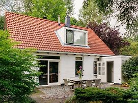 Charming Holiday Home In Burgh-Haamstede Near Beach photos Exterior
