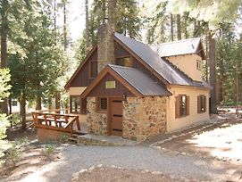 Quandt Cabin - Ski Lease - Walk To Lake! photos Exterior