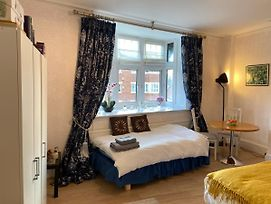 Deluxe Two Bed Apartment In Henley-On-Thames photos Exterior