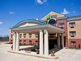 Holiday Inn Express Clanton photos Exterior