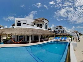 Beach Front Villa With Infinity Pool photos Exterior