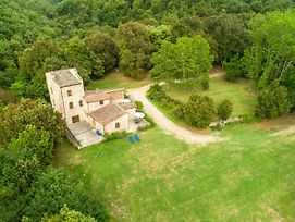 Pleasant Farmhouse In Rapolano Terme With Pool photos Exterior
