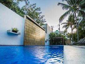 Oasis12 By Playa Moments photos Exterior