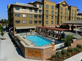 Oxford Suites Paso Robles photos Exterior