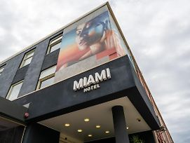 Miami Hotel Melbourne photos Exterior