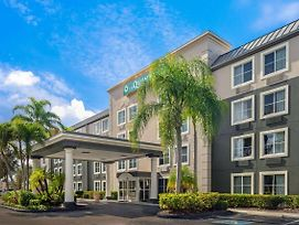 La Quinta Inn & Suites By Wyndham Naples East photos Exterior