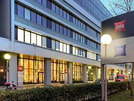 Ibis Wien Messe photos Exterior