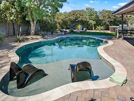 Stayloom: The Palo Verde Home , Pool, Sleeps 18 photos Exterior