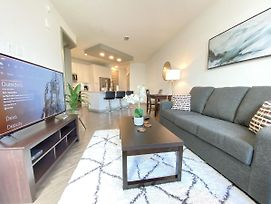Modern Waterfront Apt, Convenient - Near Everything In Tampa! photos Exterior