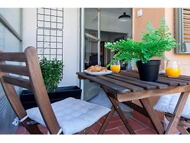 Central Stylish Fully Equipped Apartment In Eixample With Balcony Ref Mrhay photos Exterior