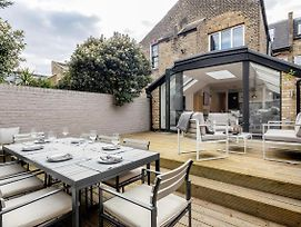The Fulham - Luxury Apartment With A Stunning Private Deck photos Exterior