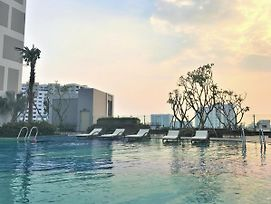 Linh Tran - Rivergate Apartments Free Infinity Pool & Gym photos Exterior