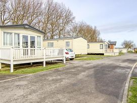 Simplistic Mobile Home In Hastings Near Rye Castle Musuem photos Exterior