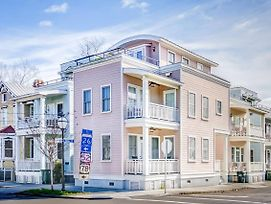 Entire 3Bd/2.5Ba Luxury Home 2 Blocks From King St photos Exterior