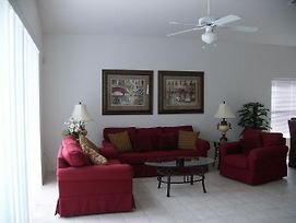 A Wonderful 4 Bedroom House In The Disney Area photos Exterior