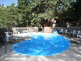 Timber Creek Chalets With Hot Tubs By Rocky Mountain Resorts photos Exterior