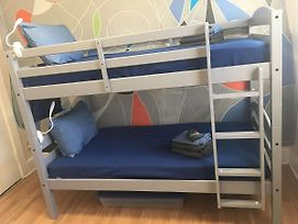 Male One Bunk Bed And Breakfast photos Exterior