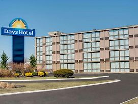 Days Hotel By Wyndham Toms River Jersey Shore photos Exterior