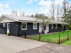Three-Bedroom Holiday Home In Rodby 12 photos Exterior
