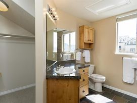 2 Bedroom Condo Sleeps 7 - Eden, Utah Vacation Rentals Near Powder Mountain photos Room