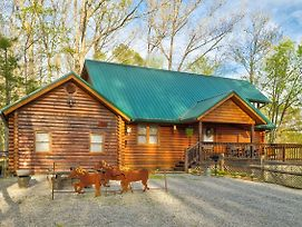Unbridled Memories Luxury Log Cabin photos Exterior