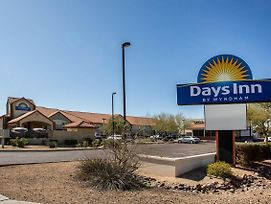 Days Inn By Wyndham Phoenix North photos Exterior
