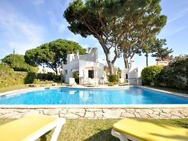 Beautiful Villa With Private Swimming Pool Near The Center Of Vilamoura photos Exterior