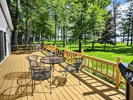 Lakefront 3Br Grayling House W/Spacious Deck photos Exterior