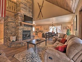 Tranquil Cabin W/Deck ~1 Mi To Golf/Fishing! photos Exterior