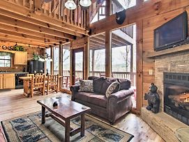 Sevierville Sanctuary W/Hot Tub + Pool Table! photos Exterior