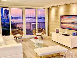 Downtown Miami 47 Deluxe 3Br Waterfront Condo Free Valet Parking photos Exterior