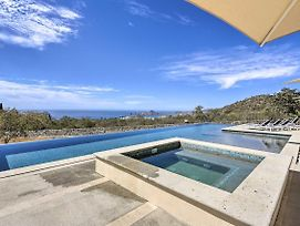Modern Oasis W/ Infinity Pool Access + Views! photos Exterior